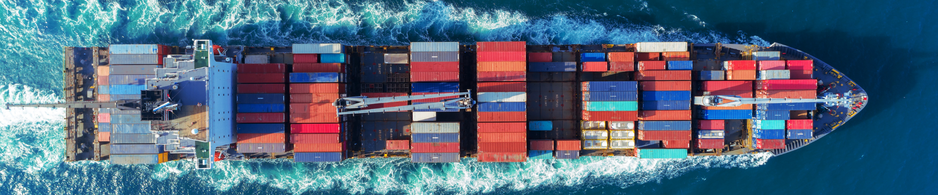 Picture of cargo ship. uk aus trade deal, aus uk trade deal, uk australia, australia uk trade deal, uk free trade deals, australia uk free trade agreement